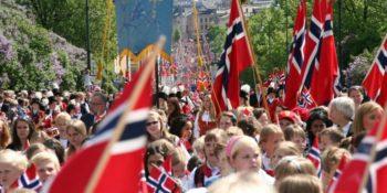 Bilde av barnetoget på 17. mai